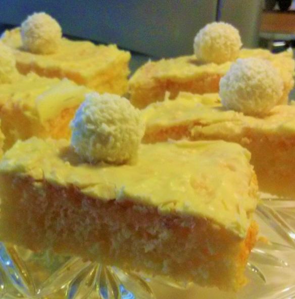 Raffaello-Kuchen mit weißer Schokolade